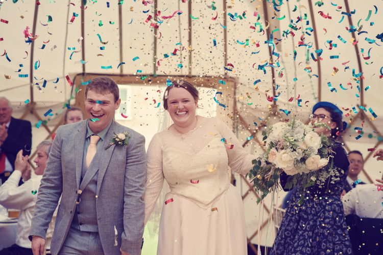 Confetti Cannon Bride Groom Homespun Mint Yurt Wedding http://www.jessicaraphaelphotography.com/