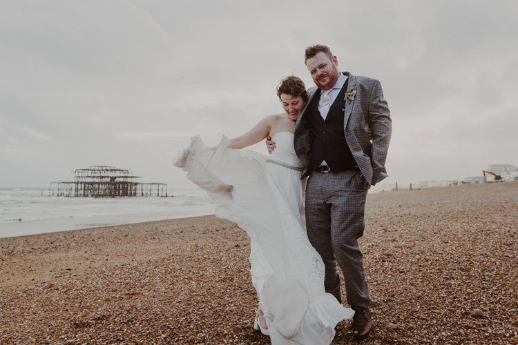 Heidi Elnora Dress Gown Bride Bridal Strapless Belt Romantic Stylish Relaxed Sea Wedding http://www.oxiphotography.co.uk/