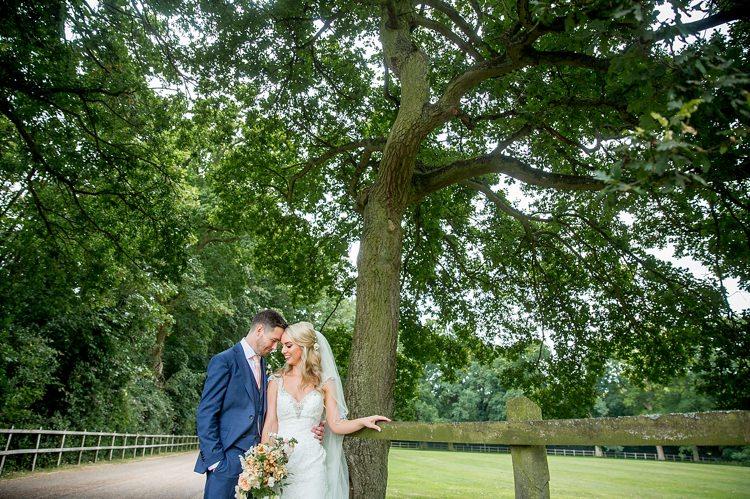 Romantic Summer Country Blush Wedding http://katherineashdown.co.uk/