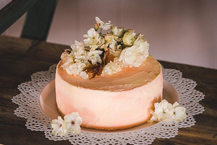 Peach Buttercream Cake Flowers Magical Spring Bluebell Woodland Wedding Ideas http://helinebekker.co.uk/