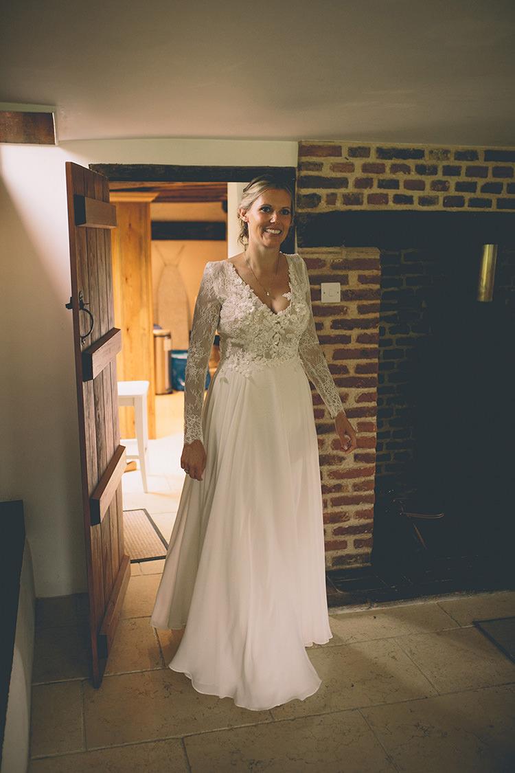 Annocha Kobus Dippenaar Dress Gown Embellished Lace Sleeves Bride Bridal Homespun Fun Country Barn Wedding http://storyandcolour.co.uk/
