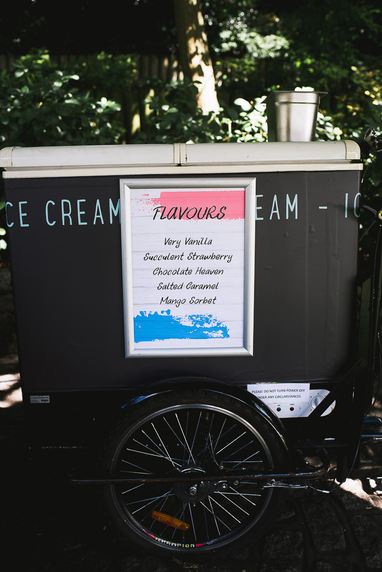 Ice Cream Cart Relaxed Outdoor City Park Festival Wedding http://kristianlevenphotography.co.uk/