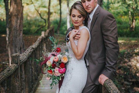 Bohemian & Whimsical Garden Wedding in North Carolina http://www.taylorparkerphotography.com/