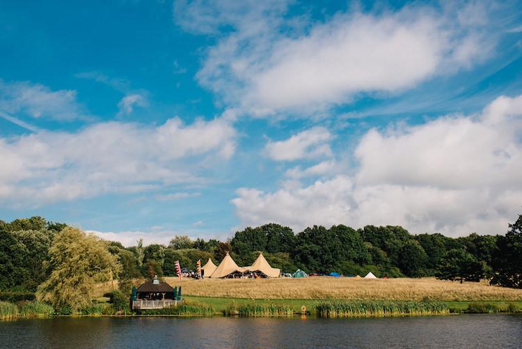 Yew Tree Lakes Informal Camp Woodland Wedding https://stevenanthonyphotography.co.uk/