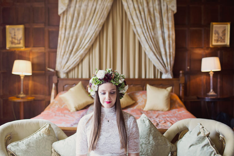 Red Burgundy Blush Crown Flowers Bride Bridal Foliage Rose Antler Feather Stunning Countryside Wedding http://www.cottoncandyweddings.co.uk/