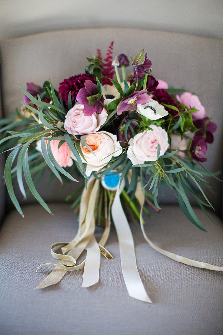 Bouquet Flowers Peach Pink Red Rose Bride Bridal Fun Spring Floral Creative Wedding https://www.binkynixon.com/