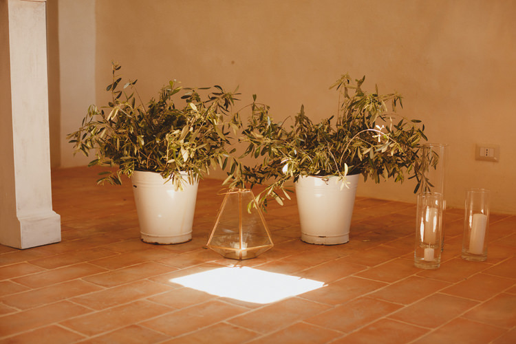Potted Plants Greenery Ceremony Beautifully Intimate Open Air Wedding Umbria http://www.edpeers.com/