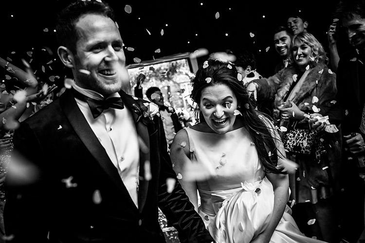 Confetti Throw Bride Groom Stylish Winter Glamour Wedding http://lunaweddings.co.uk/