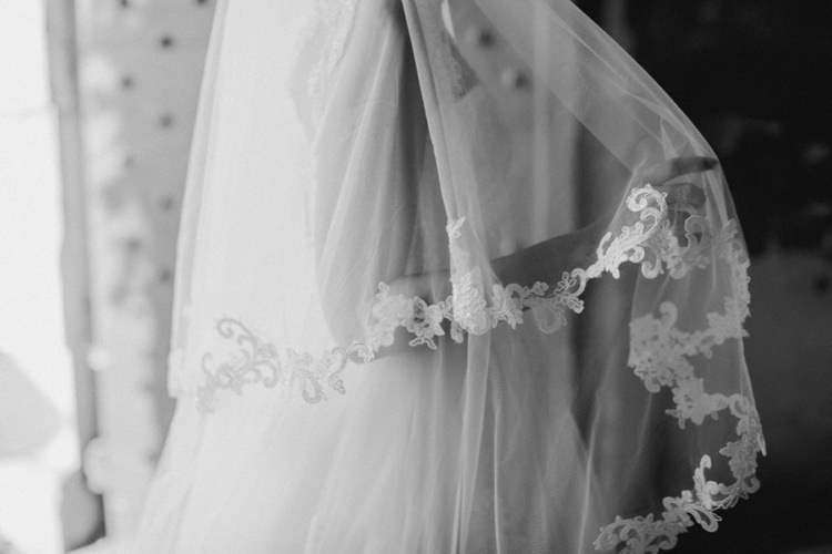 Bride Veil Romantic Vibrant Pink Wedding Trieste http://www.emotionttl.com/en/home/