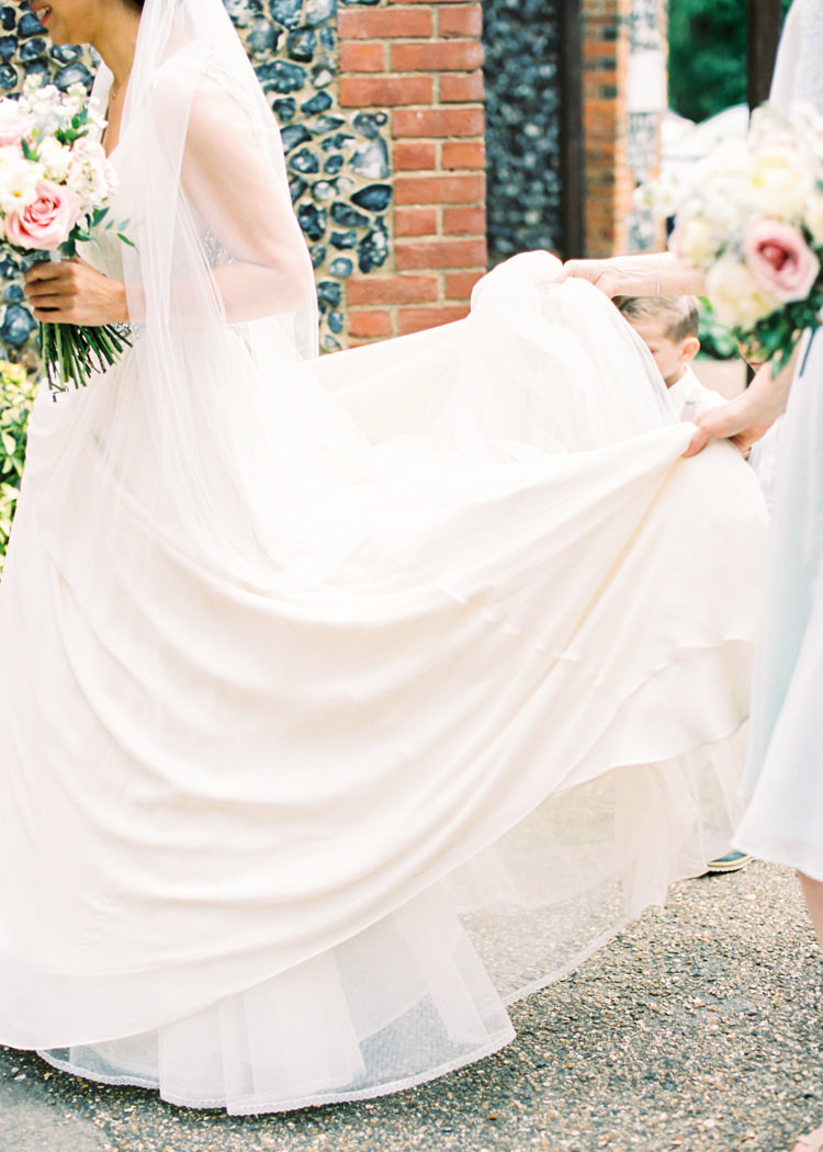 Jenny Packham Daphne Bride Bridal Dress Gown Whimsical Luxury Summer Garden Party Wedding https://www.wookiephotography.com/