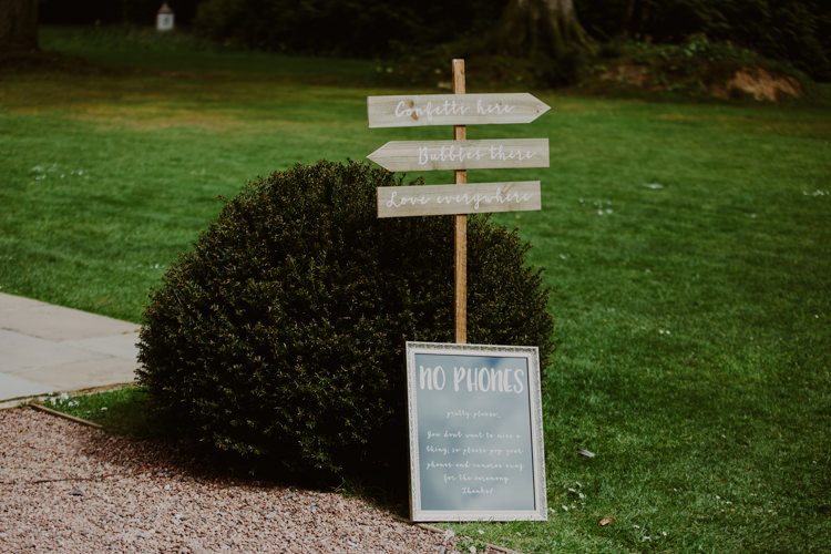 Sign Welcome Direction No Phones Unplugged 1920s Speakeasy Country House Glamour Wedding https://www.bearscollective.com/
