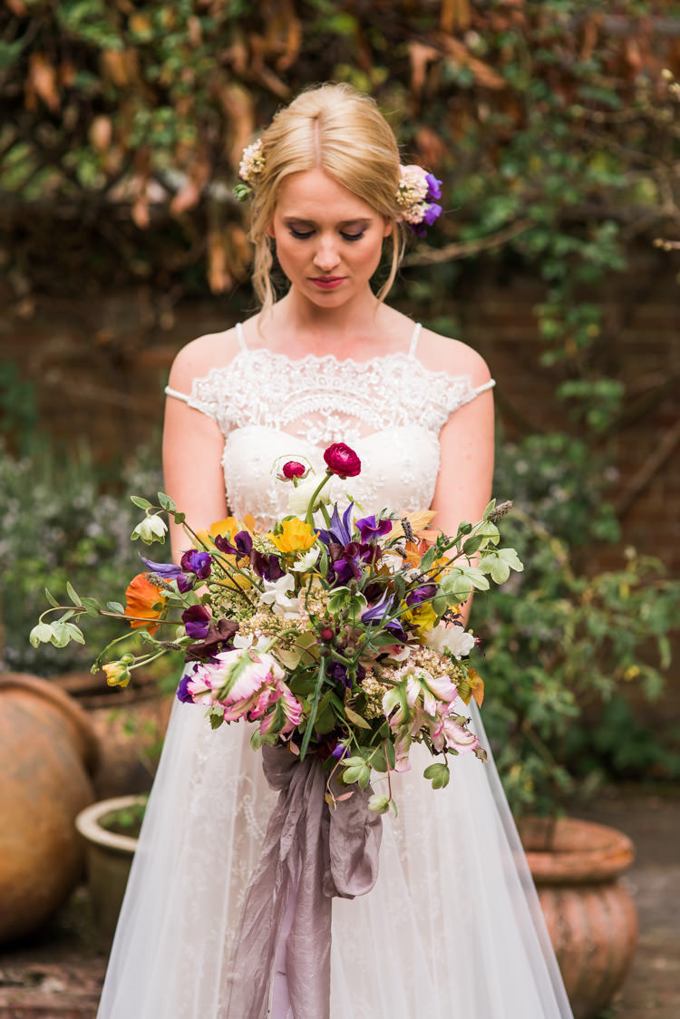 Bouquet Flowers Wild Natural Whimsical Bride Bridal Ranunculus Lavender Silk Ribbon First Look Wedding Ideas Country Estate Garden http://annamorganphotography.co.uk/