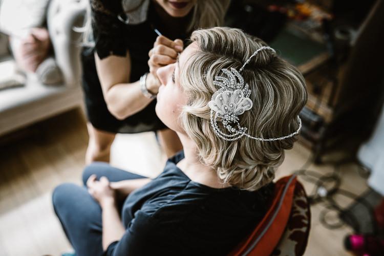 Art Deco Gatsby Hair Bride Bridal Style Laid Back Local London Lido Wedding http://andrewbrannanphotography.co.uk/