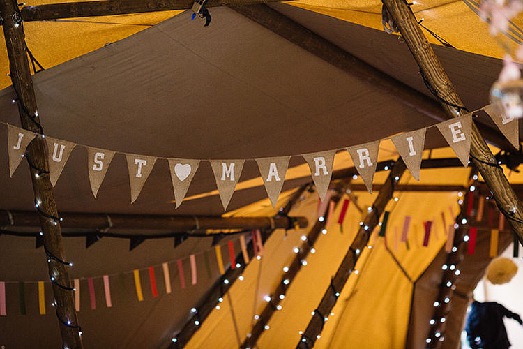 Hessian Bunting Charming Natural Countryside Tipi Wedding http://www.pauljosephphotography.co.uk/