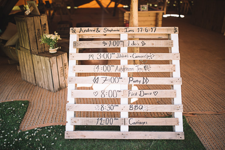 Wooden Pallet Sign Order Day Rustic Boho Summer Tipi Wedding https://www.luciewatsonphotography.com/