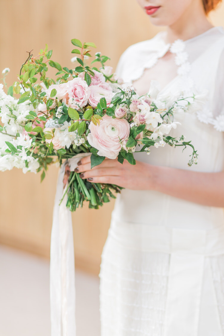 Flowers Bouquet Bride Bridal Ribbon Pretty Pink Green Rose Ranunculus Ethereal Fine Art William Morris Wedding Ideas http://jessicadaviesphotography.co.uk/