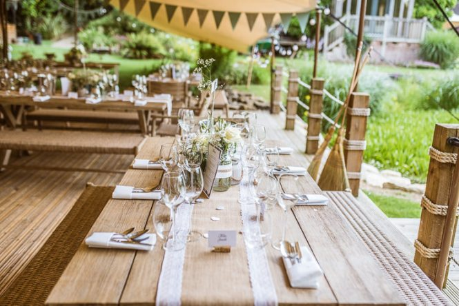 Twine Onholes Back Garden Home Made Jazz Country Wedding Http Jamesgristphotography Co