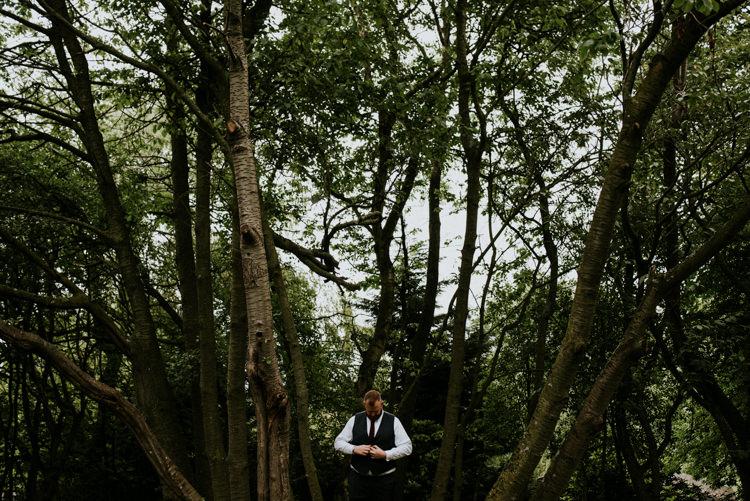 Unique Personal Natural Wedding Style https://photo.shuttergoclick.com/