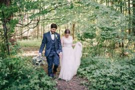 Outdoorsy Modern Wedding in Wisconsin http://www.mcnielphotography.com/
