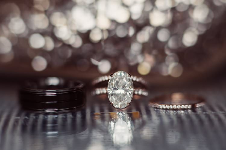 Rings Band Diamond Oval Sparkle Bride Groom | Festive Glamour Christmas New Years Eve Wedding http://www.stevendrayimages.com/