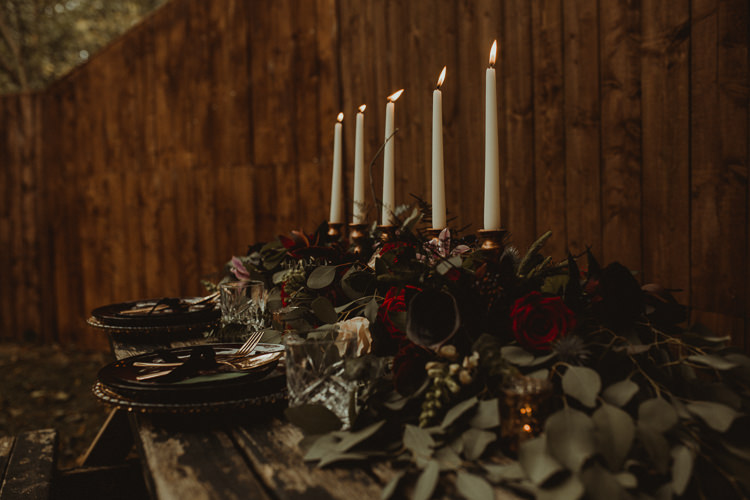 Table Decoration Tablescape Candles Flowers Black Red Greenery Rustic Moody Ethereal Winter Woodland Wedding Ideas http://belleartphotography.co.uk/