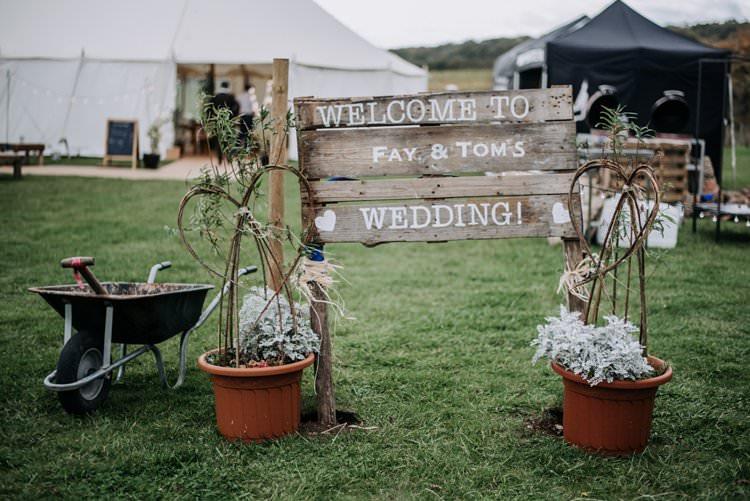 Wooden Pallet Sign Painted Rustic Peaky Blinders Vineyard Wedding Yorkshire https://www.kazooieloki.co.uk/