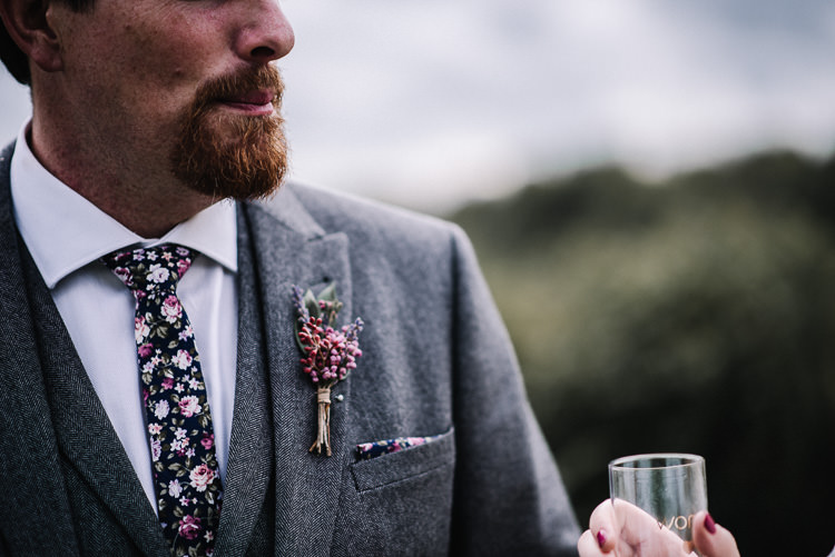 Floral Tie Buttonhole Groom Luxe Rustic Autumn Berry Wedding http://www.oobaloosphotography.co.uk/