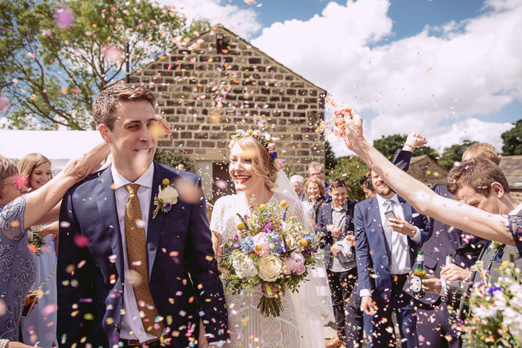 Confetti Throw Gorgeous Gold Navy Wow Factor Wedding http://hayleybaxterphotography.com/