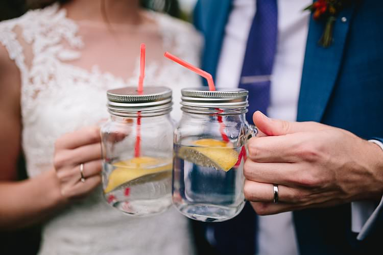 Jar Drinks Tropical Countryside Tipi Wedding https://parkershots.com/