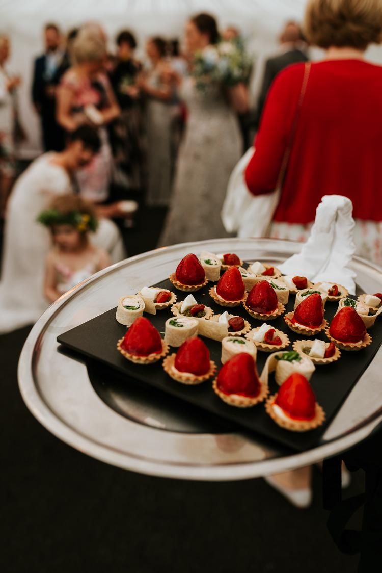 Canapes Bride Groom Reception Cocktails Informal | Glitter Dinosaurs City Wedding https://struvephotography.co.uk/