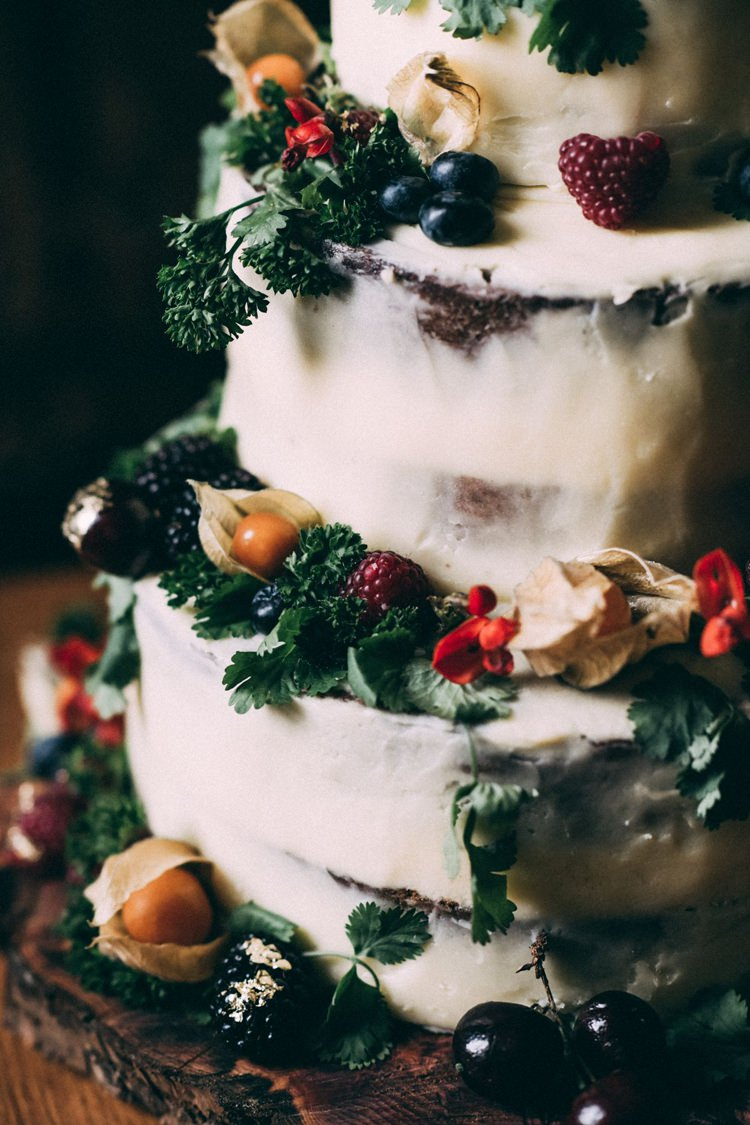 Buttercream Cake Flower Rustic Opulent Eccentric Berry Gold Wedding https://mattaustinimages.co.uk/