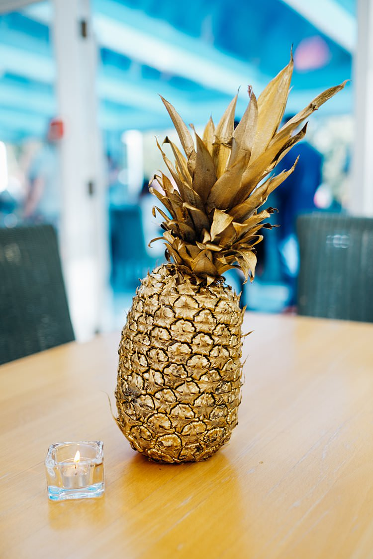 Gold Pineapple Stylish Country House Rave Wedding http://www.mariannechua.com/