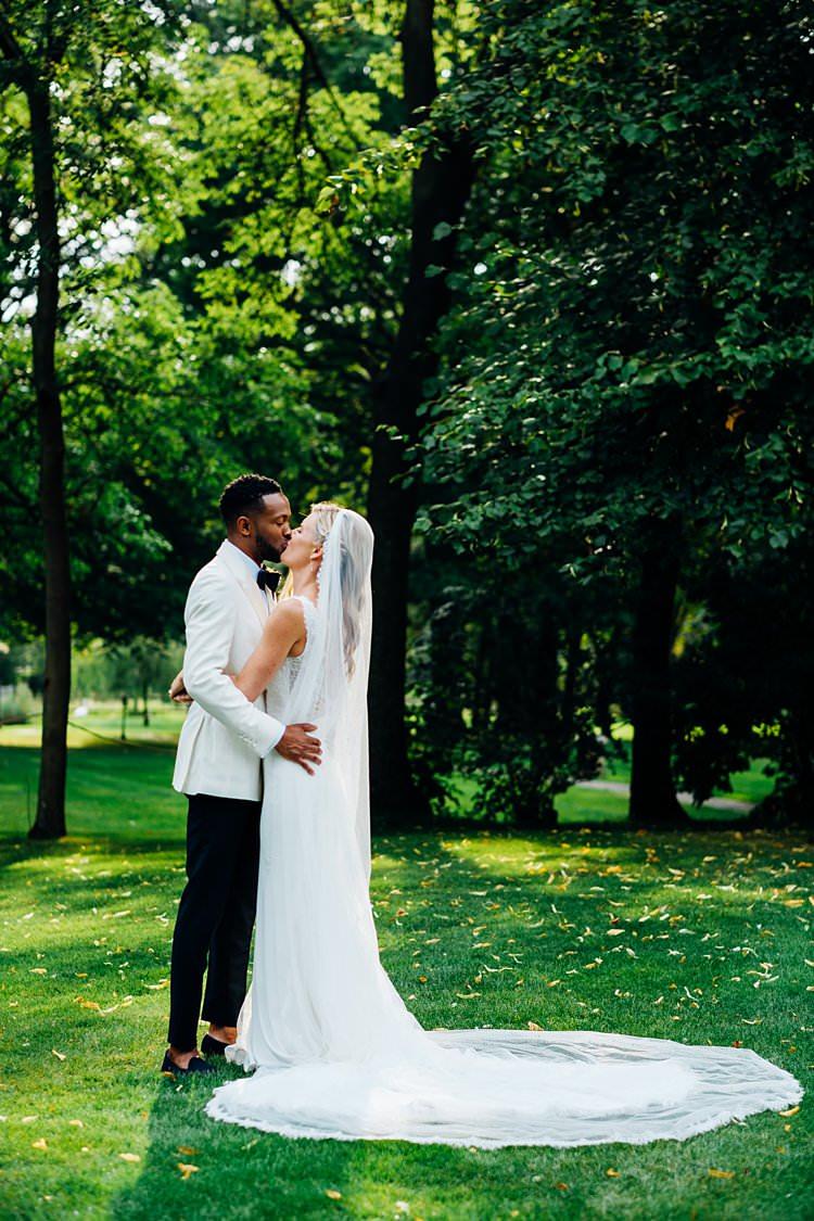 Pronovias Dress Veil Bride Bridal Stylish Country House Rave Wedding http://www.mariannechua.com/