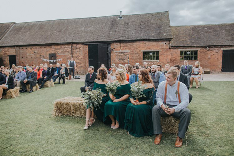 Whimsical Green Copper Rustic DIY Wedding http://www.brookrosephotography.co.uk/
