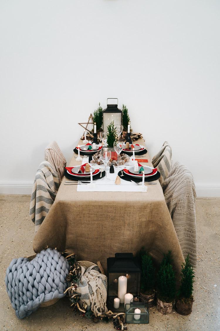 Tablescape Table Decoration Candles Hessian Red Green Winter Wonderland Wedding Ideas http://www.angelawardbrown.com/