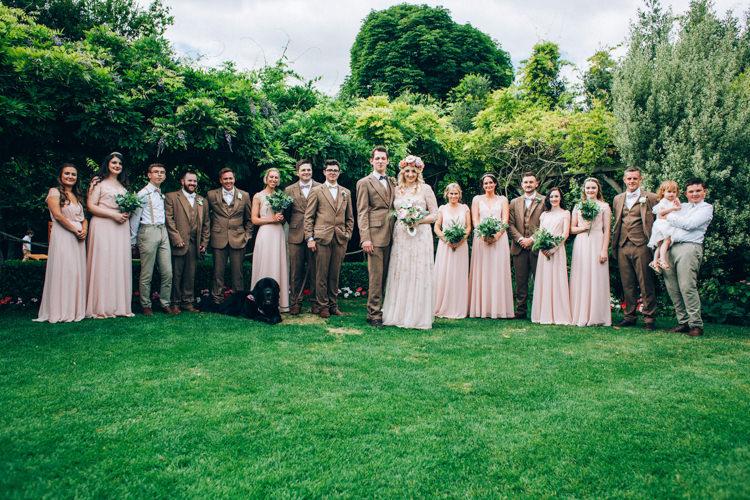 Flowery Bohemian Secret Garden Wedding https://caseyavenue.co.uk/