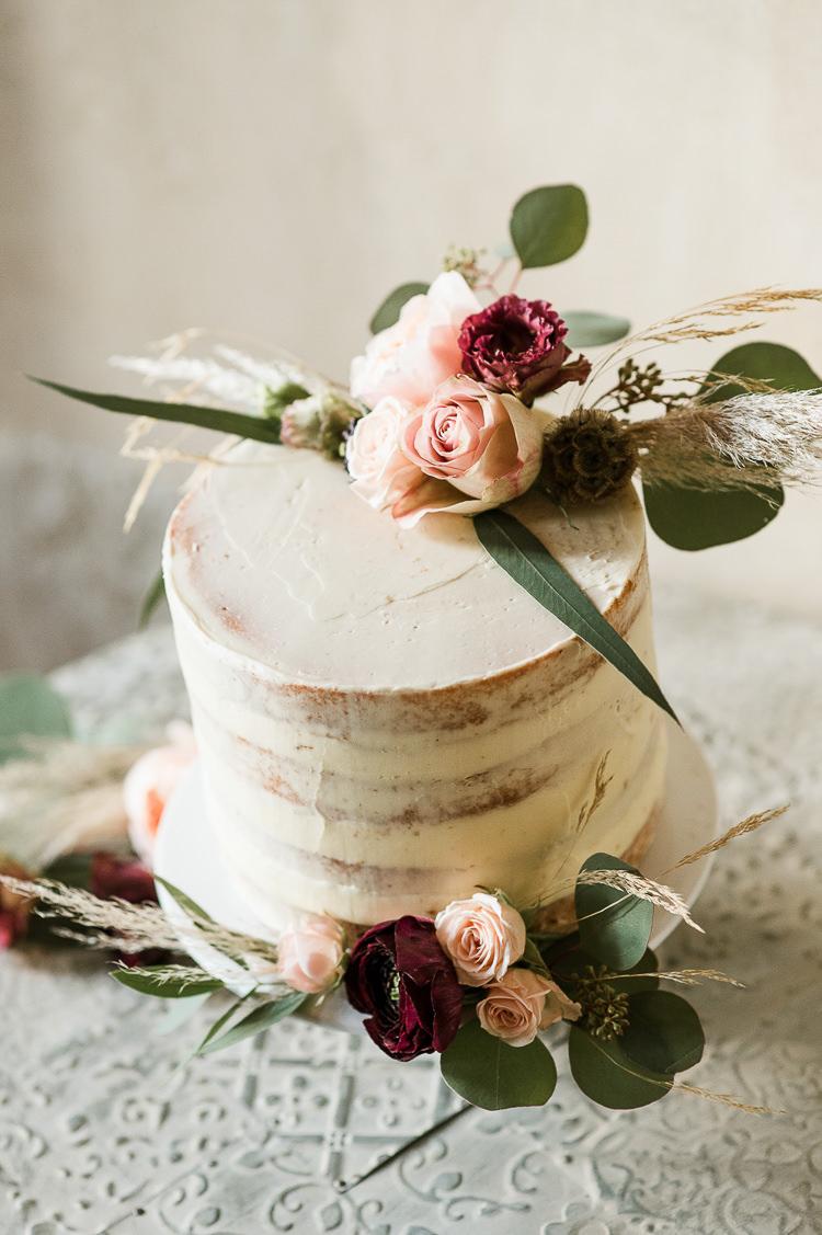 Buttercream Cake Flowers Pampas Grass Semi Naked Trendy Beautiful French Elopement Wedding Ideas http://oliviamarocco.com/