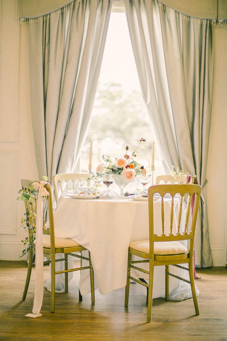 Sweetheart Table Beautiful Fine Art Country House Wedding Ideas https://www.theblushingpeony.co.uk/