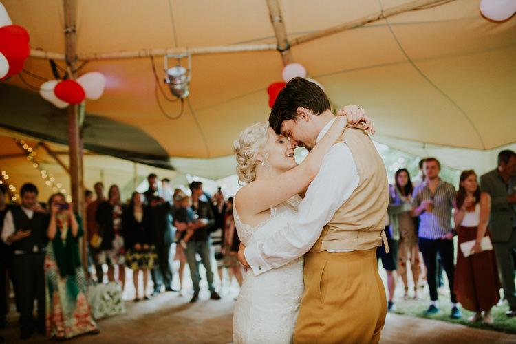 Field Garden Woodland Meadow Hippie Summer Bride Groom Hush Venue Tipi First Dance | Happy Outdoor Forest Mustard Yellow Wedding http://suzi-photography.com/