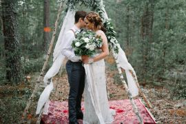 Bohemian Luxe Greenery White Wedding Ideas Sweden http://www.lindapauline.se/