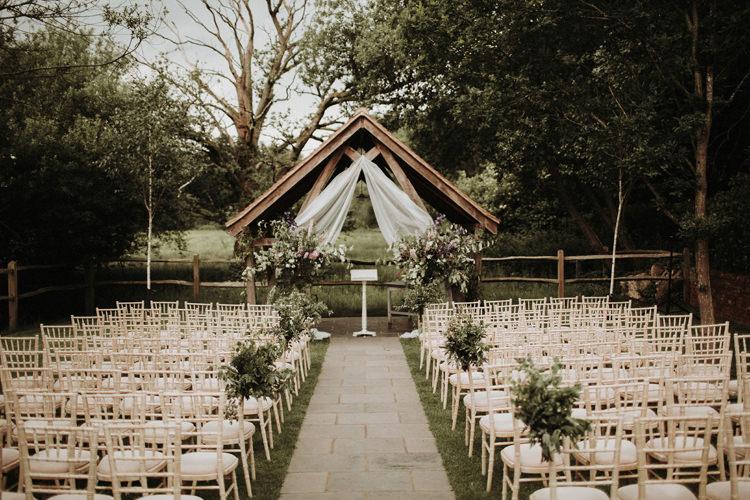Millbridge Court Surrey Barn Venue UK Wedding https://jonathanellisblog.com/