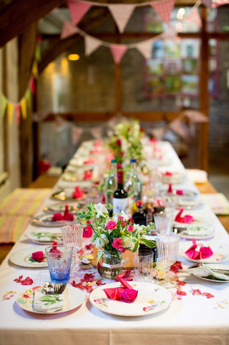Tables Origami Flowers Petals Bunting Modern Simple Colourful Garden Wedding http://www.helencawte.com/