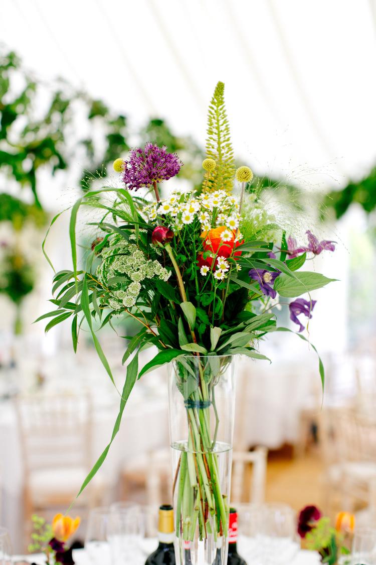Table Flowers Centrepiece Tall Greenery Foliage Daisy Sweet Pea Modern Simple Colourful Garden Wedding http://www.helencawte.com/