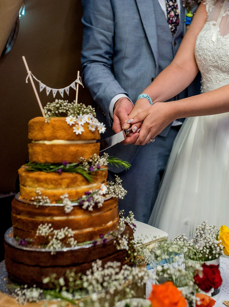 Naked Cake Layer Sponge Bunting Flowers Mismatched Colourful Wildflower Meadow Wedding Hush Venues Norfolk http://lighteningphotography.co.uk/