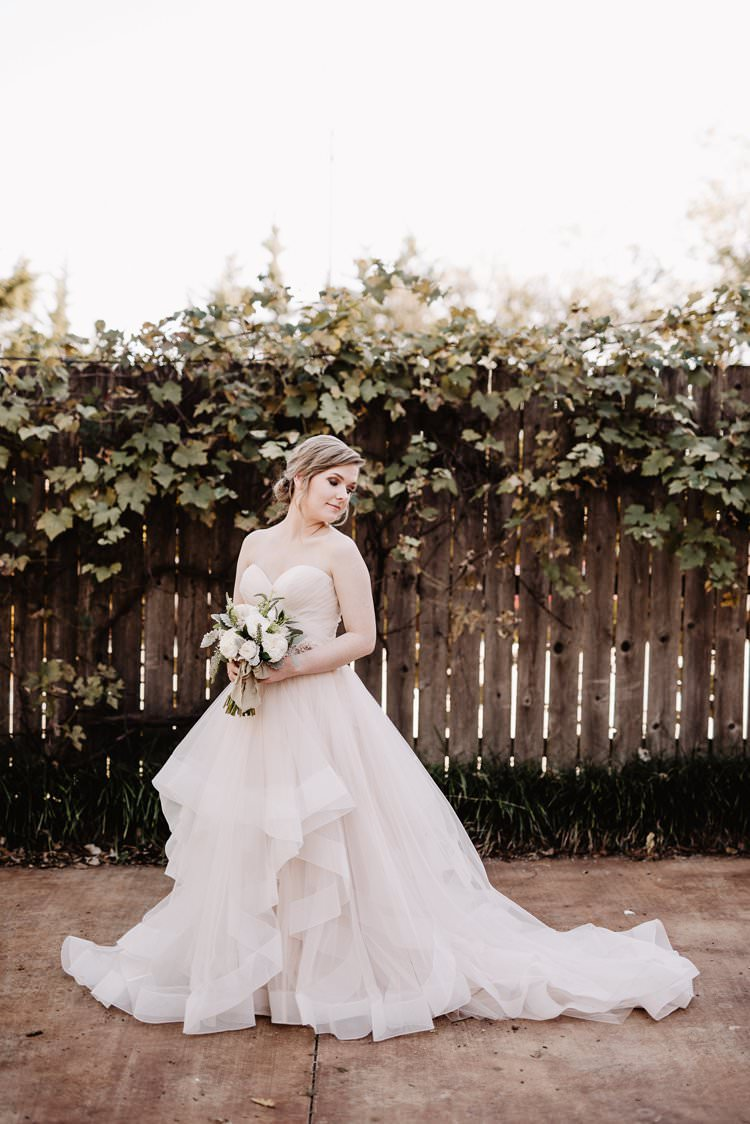 Outdoor Destination Romantic Classic Pink Bride Princess Gown Simple White Greenery Bouquet | Dreamy Blush Emerald Fairytale Wedding Oklahoma http://www.kelcyleighphotography.com/