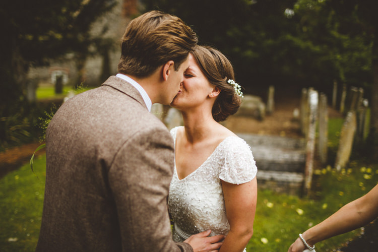 First Look Relaxed Country Tipi Yellow Wedding Hampshire https://photography34.co.uk/