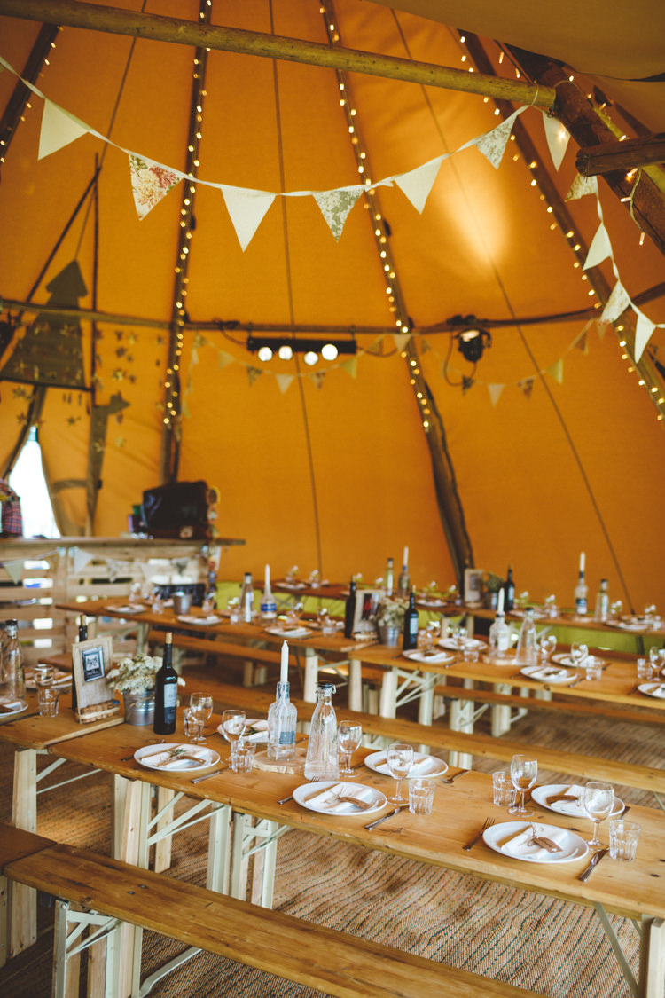Bunting Fairy Lights Relaxed Country Tipi Yellow Wedding Hampshire https://photography34.co.uk/