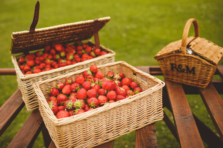 Strawberries Hamper Food Picnic Relaxed Country Tipi Yellow Wedding Hampshire https://photography34.co.uk/