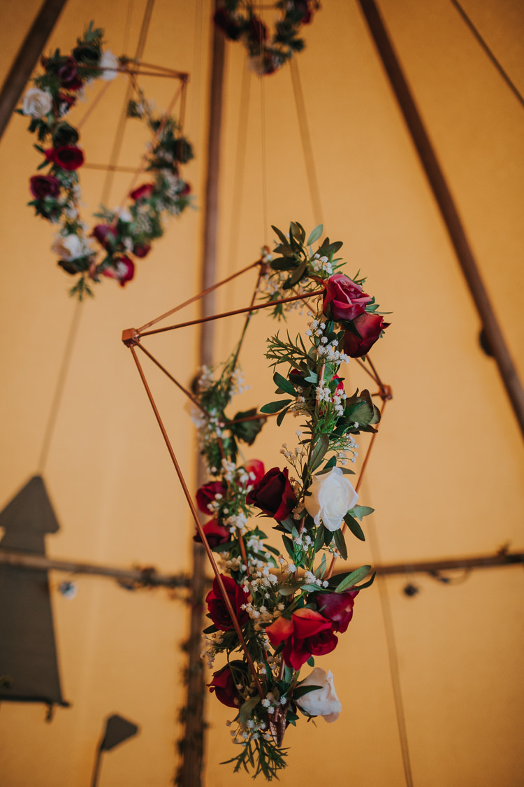 Hanging Terrarium Flowers Wire Geometric Angrove Park Tipi Wedding Yorkshire Bloom Weddings