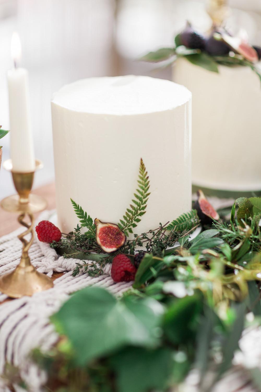 Iced Cake Foliage Buttercream Botanical Macrame Glass House Wedding Ideas Jo Bradbury Photography